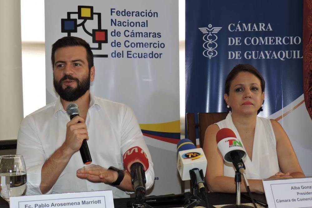 arosemena-portoviejo-el universo-camara de comercio y negocio lgbt ecuador