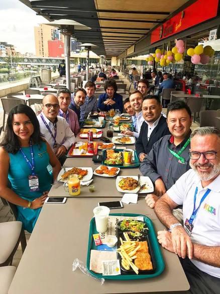 Participación de la Camara LGBT de Comercio y Turismo Ecuador en We Tride de camara de comerciantes colombia (6)