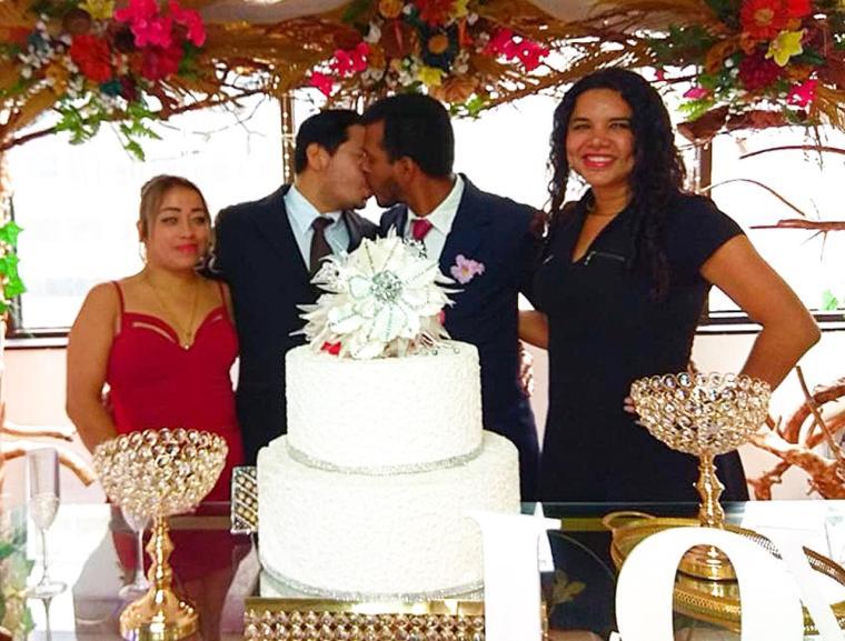 3er matrimono homosexual en Ecuador y el 1ero de hombres gays - Cámara LGBT Comercio Ecuador - Asociación Silueta X 15.jpg