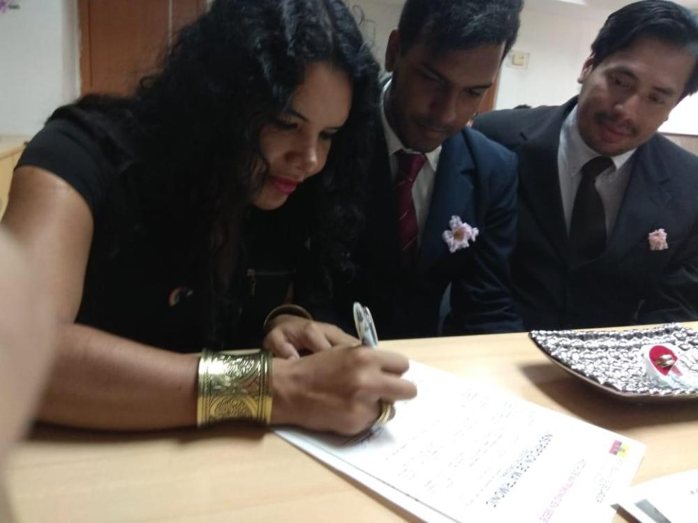 3er matrimono homosexual en Ecuador y el 1ero de hombres gays - Cámara LGBT Comercio Ecuador - Asociación Silueta X 4.jpg