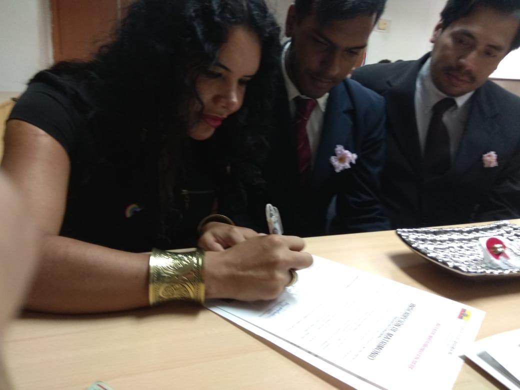 3er matrimono homosexual en Ecuador y el 1ero de hombres gays - Cámara LGBT Comercio Ecuador - Asociación Silueta X 7.jpg
