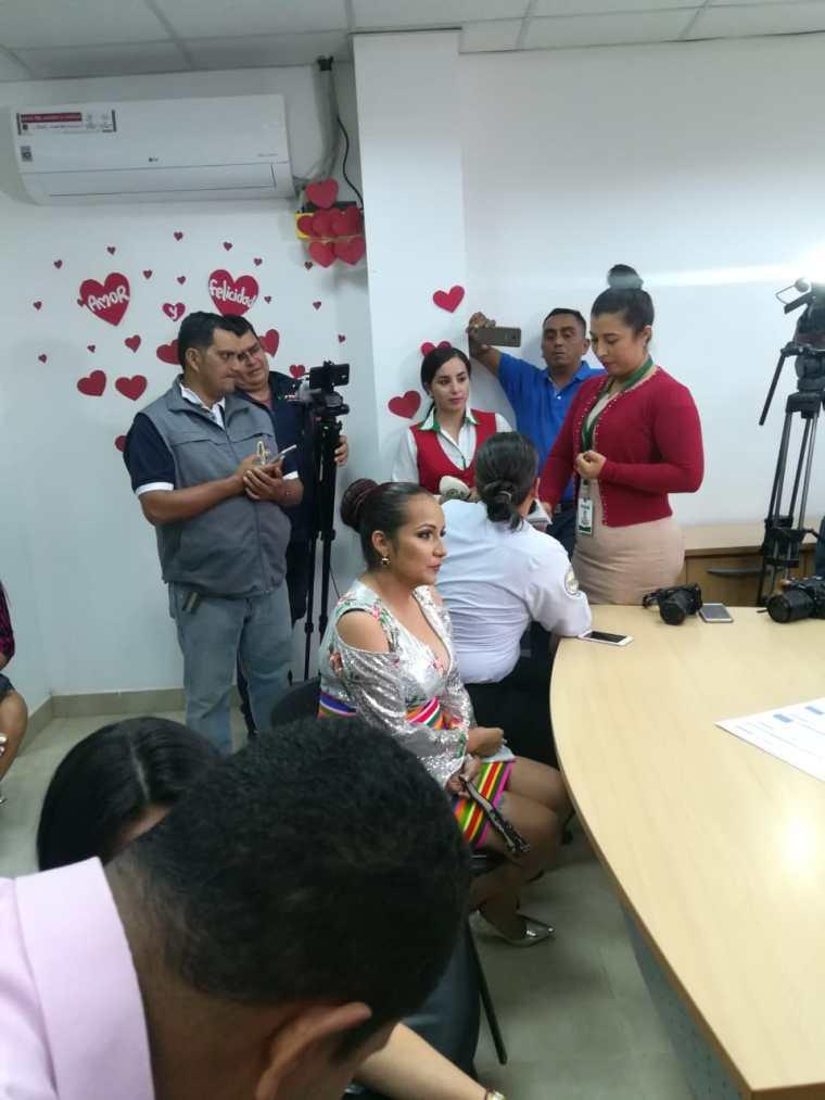 fotos del 2do matrimonio homosexual en Ecuador de Gina y Veronica en Santo Domingo de los Tsashilas 4.jpg