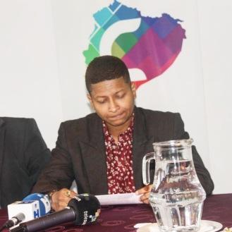 Camara LGBT del Ecuador rueda de prensa sobre lanzamiento - web (13)