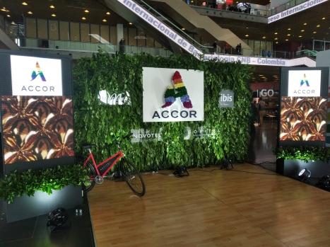 Cámara LGBT de comercio Ecuador en el We Trade Feria de oportunidades en Bogota Colombia (13)