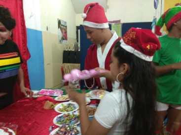 Agasajo de niños con VIH - SIlueta X - Cámara LGBT - Transmasculinos Ecuador 2019 -niños enfermeddes catastroficas (20)