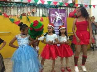 Agasajo de niños con VIH - SIlueta X - Cámara LGBT - Transmasculinos Ecuador 2019 -niños enfermeddes catastroficas (72)