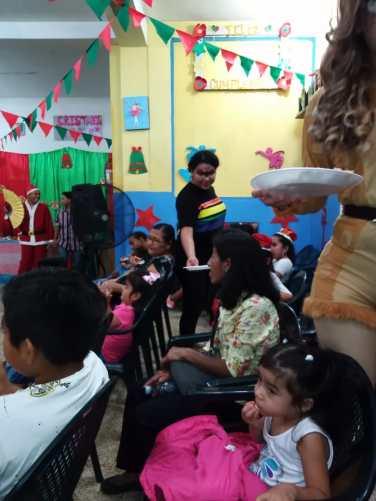 Agasajo de niños con VIH - SIlueta X - Cámara LGBT - Transmasculinos Ecuador 2019 -niños enfermeddes catastroficas (86)