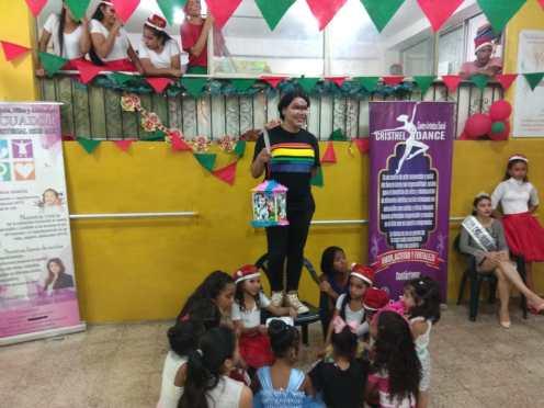 Agasajo de niños con VIH - SIlueta X - Cámara LGBT - Transmasculinos Ecuador 2019 -niños enfermeddes catastroficas - Diane Rdríguez (13)