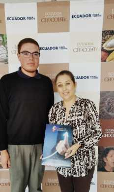 Cámara LGBT de Comercio Ecuador se reunión con Subsecretaria de Mercado y Atracción de Inversiones del Ministerio de Turismo (2)