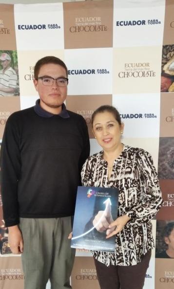 Cámara LGBT de Comercio Ecuador se reunión con Subsecretaria de Mercado y Atracción de Inversiones del Ministerio de Turismo (3)
