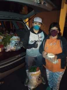Donación de canastas y alimentos por parte de la Asociación Silueta X, centro Pisco Trans y La Camara LGBT de Comercio Ecuador - Covid19 - Apoyo Prefectura de Pichincha (1)