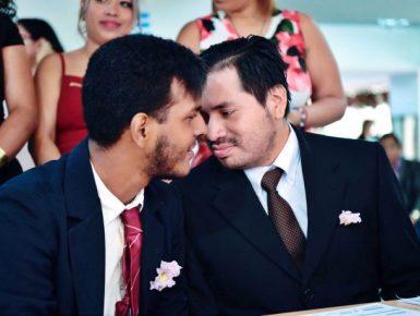 Matrimonio Civil y del Mismo sexo u homosexual en Ecuador 3 Geovanny Vareles y Borys Alvarez